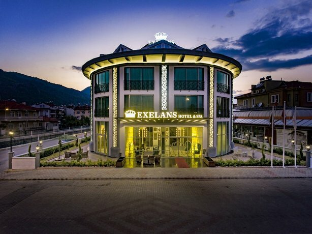 Exelans Hotel & SPA