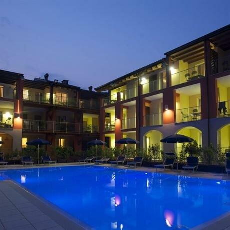 Appartamenti Camping Maroadi