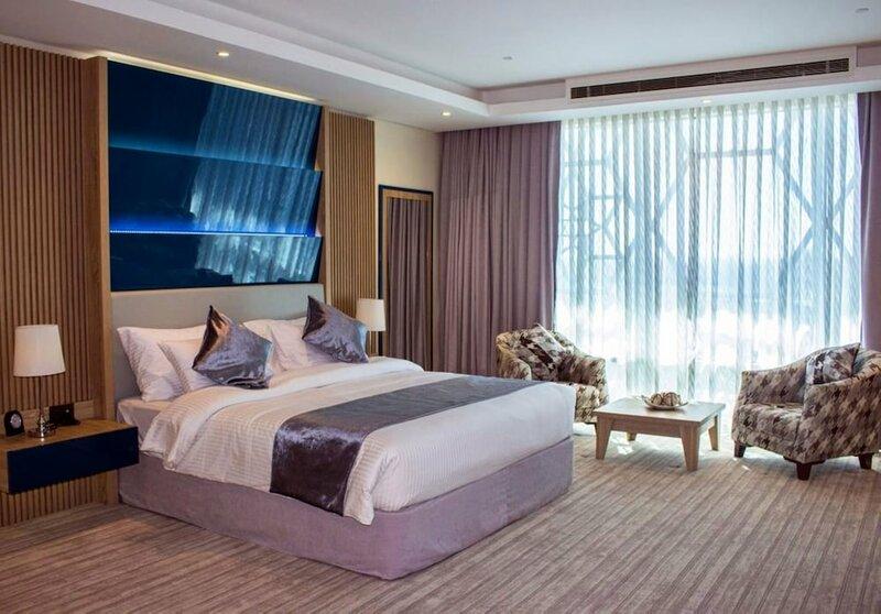 Almansour Suites Hotel Doha