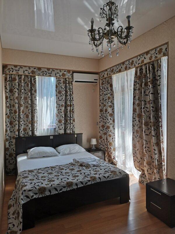Отель Lernest