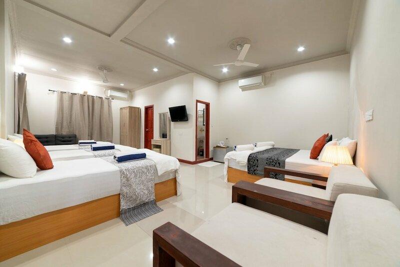 Отель Ukulhas Inn