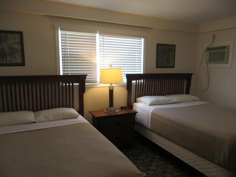 Hiway Motel