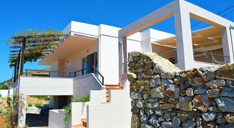 Villa-Palaiochora