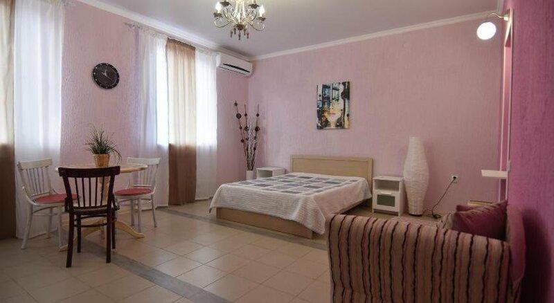 Nadezhda Guesthouse