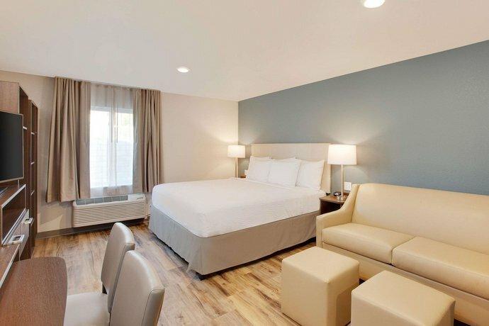 WoodSpring Suites Boston North