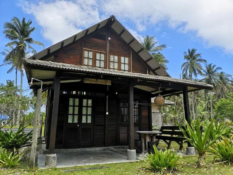Mirage Island Resort
