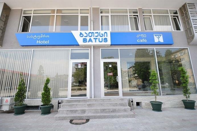 Hotel & Cafe Batus