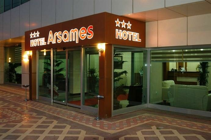 Arsames Hotel