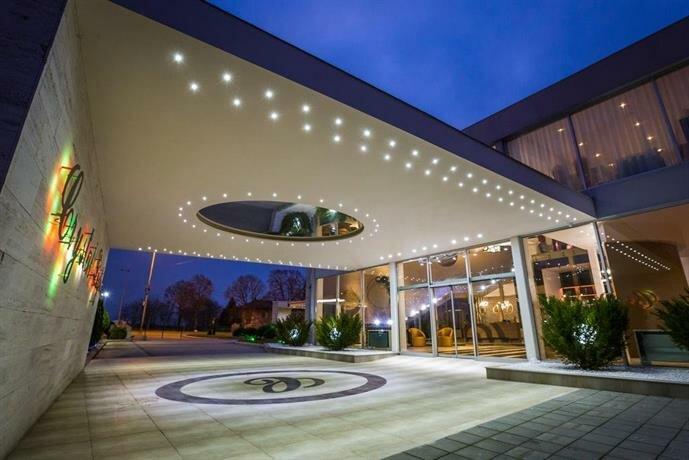 Гостиница Crystal Light