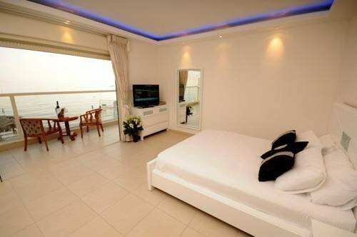 Coral Beach Pearl Guest House