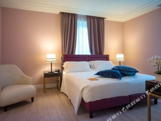 Hotel Turin Palace