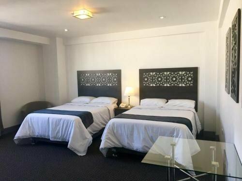 SureStay Plus Hotel by Best Western Tierra Sur Colonial