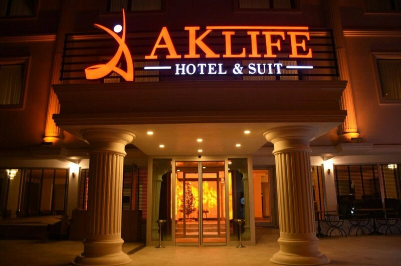 Ak Life Hotel & Suit