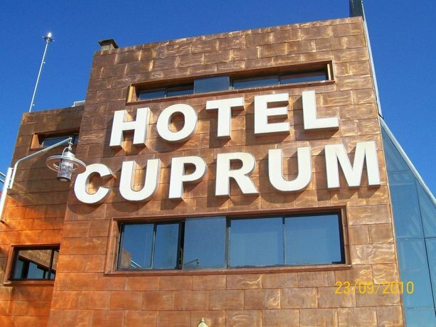Hotel Cuprum