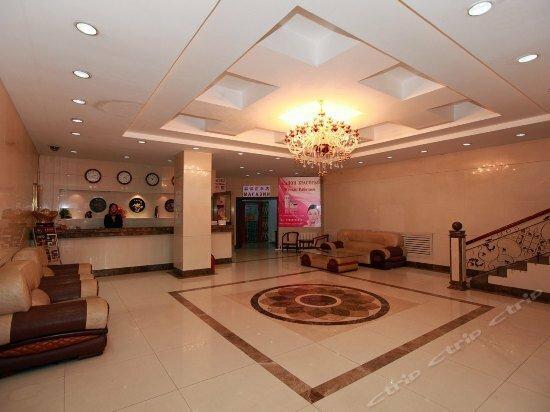 Caizheng Hotel