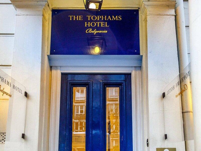 Tophams Hotel