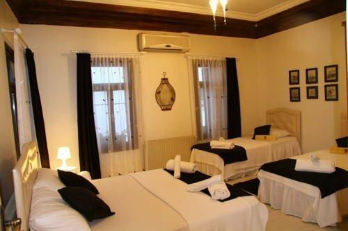 Pera Ayvalık Guest House