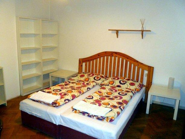 Hostel Bonvolon
