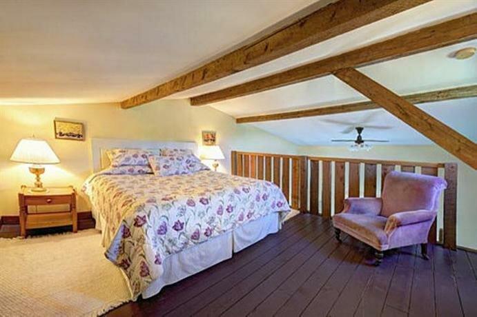 Bayview Pines Country Inn Mahone Bay