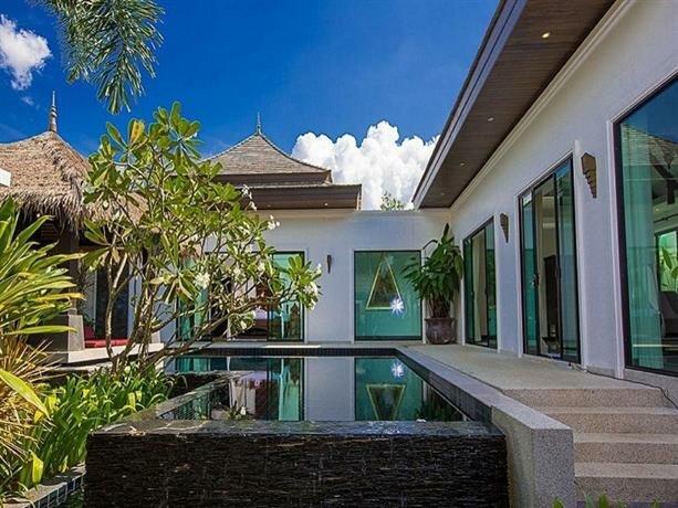 Byg Private Pool Villa Layan Beach
