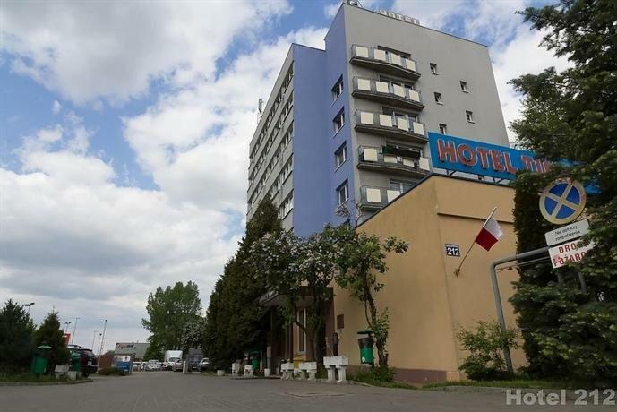 Hotel 212
