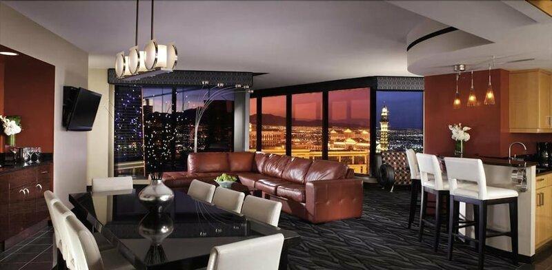 55th Floor 4 Bedroom Penthouse Suite In Elara Hilton For 12