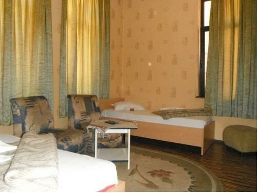 Shans 3 Guest Rooms