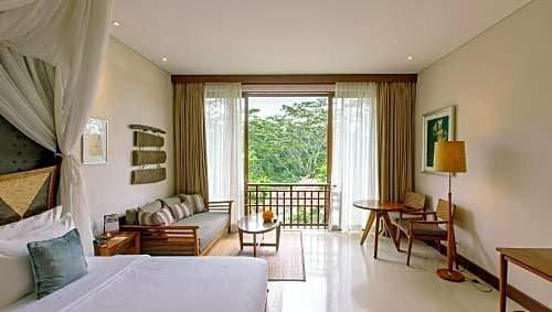 Tejaprana Resort & SPA
