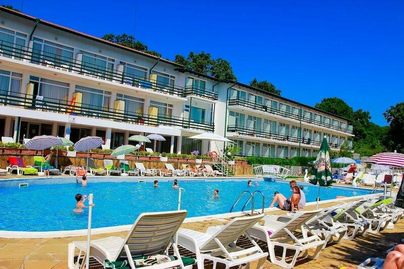 Park Hotel Kini- All Incusive
