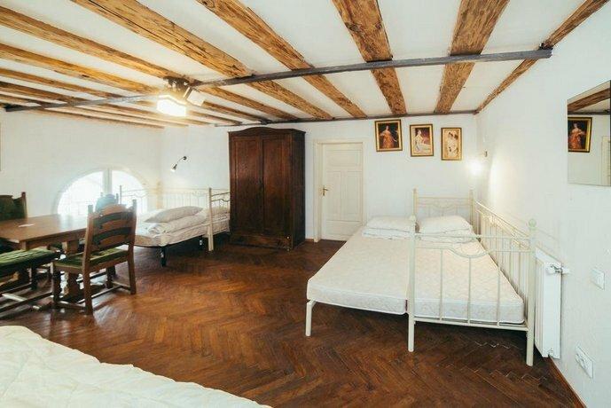 Аrt Hostel