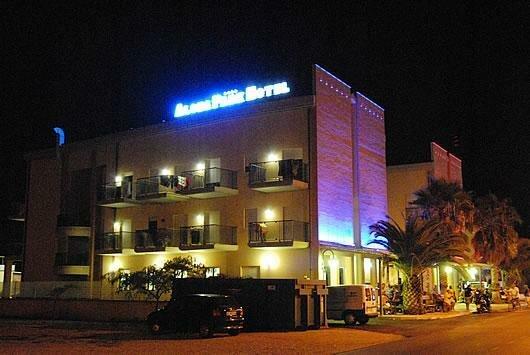 Aloha Park Hotel