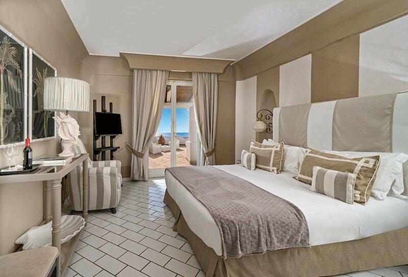 Therasia Resort Sea & SPA