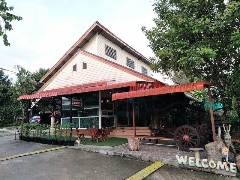 Honey Home Resort