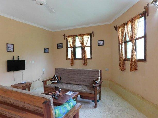 Mwana House
