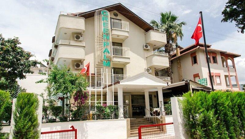Green Palm Hotel