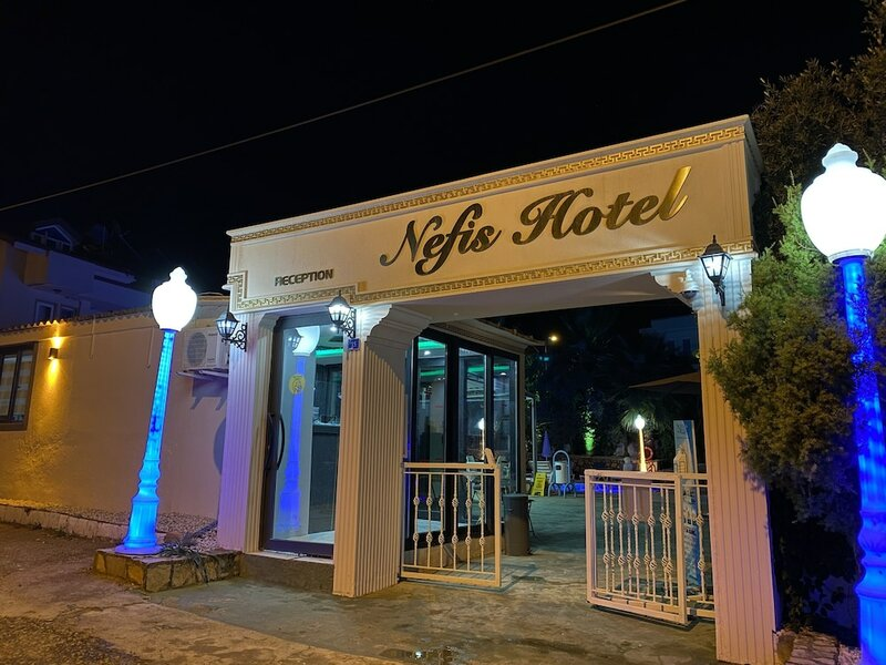 Nefis Hotel