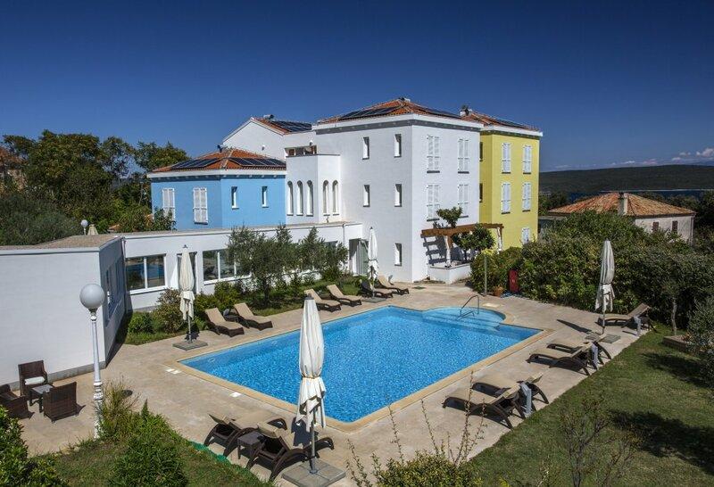 Отель Family Resort Manora