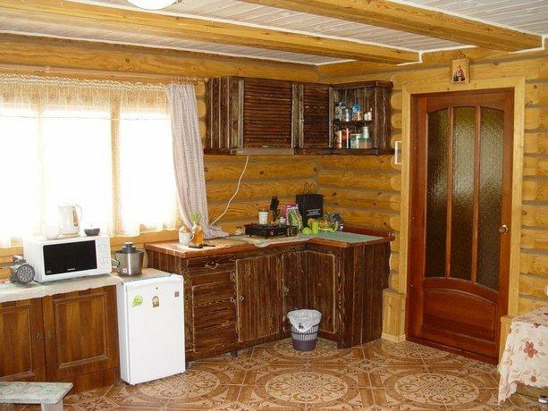 House On Ozernaya 90