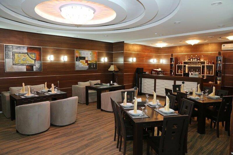 Luxe Lankaran Hotel
