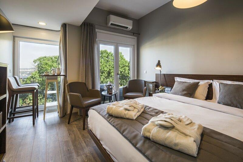 Taxim Suites