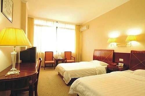 Zhengyu Business Hotel