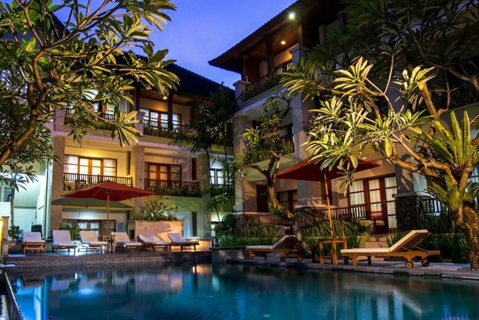 Fourteen Roses Beach Hotel