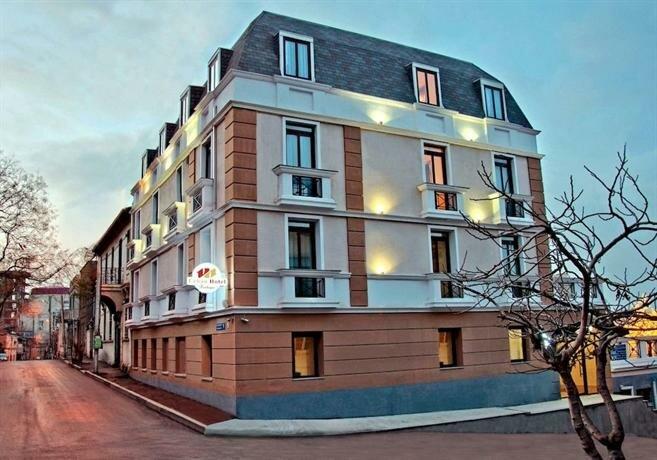 Отель Урбан