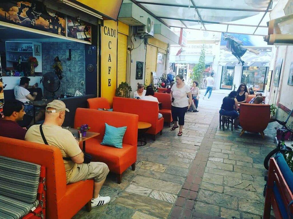 falcılar ve medyumlar — Cadı Fal Cafe Kemeraltı — Konak, foto №%ccount%