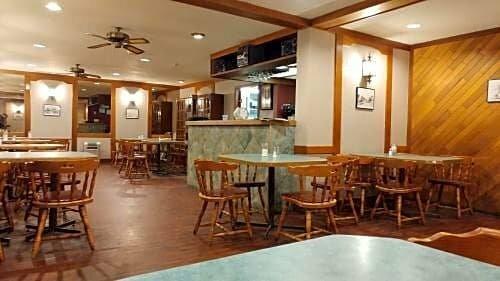 Vulcan Country Inn