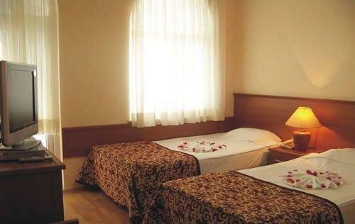 Ipek Hotel Camyuva