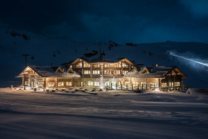 Sunny Valley Mountain Lodge