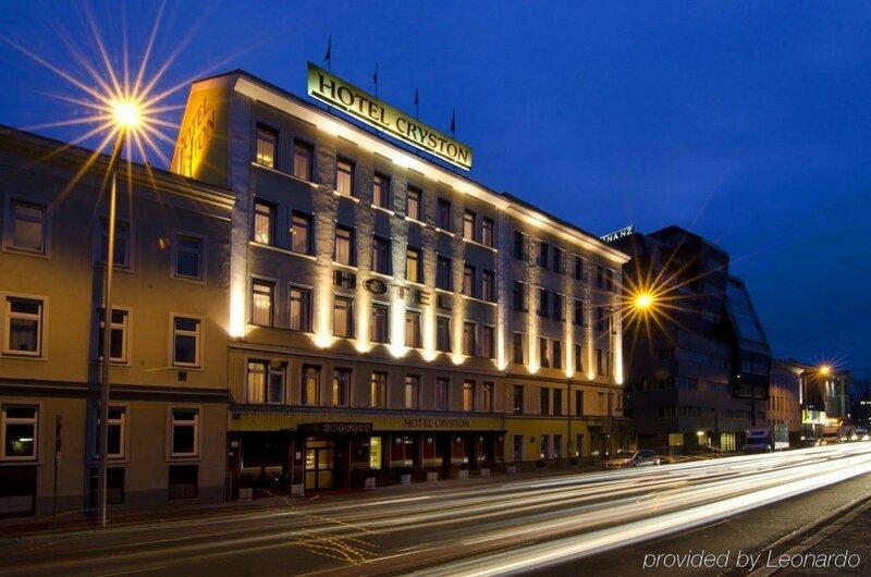 Hotel Cryston