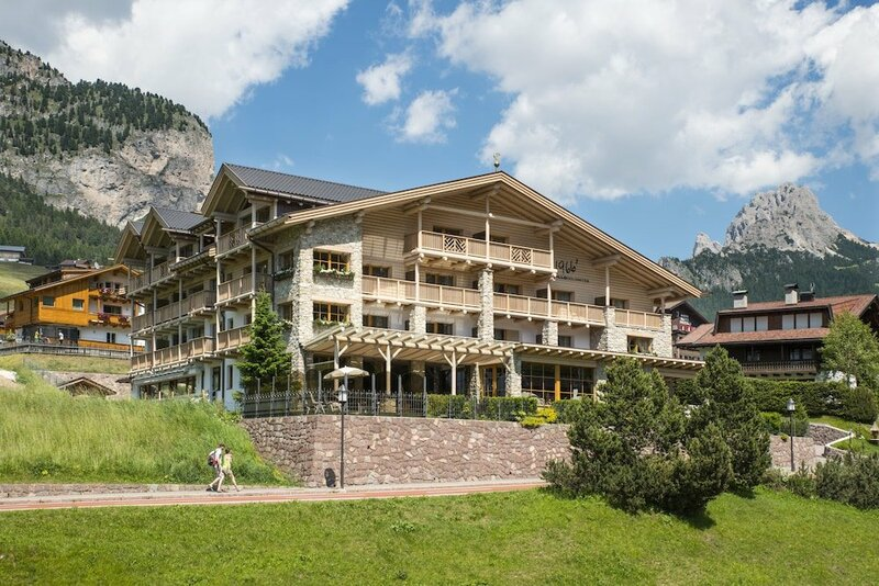 Hotel Portillo Dolomites 1966'
