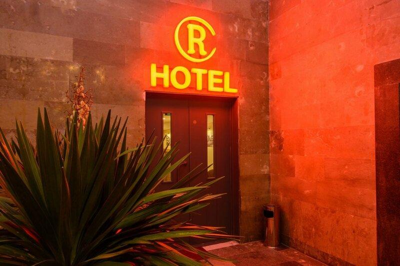 Отель Reverence